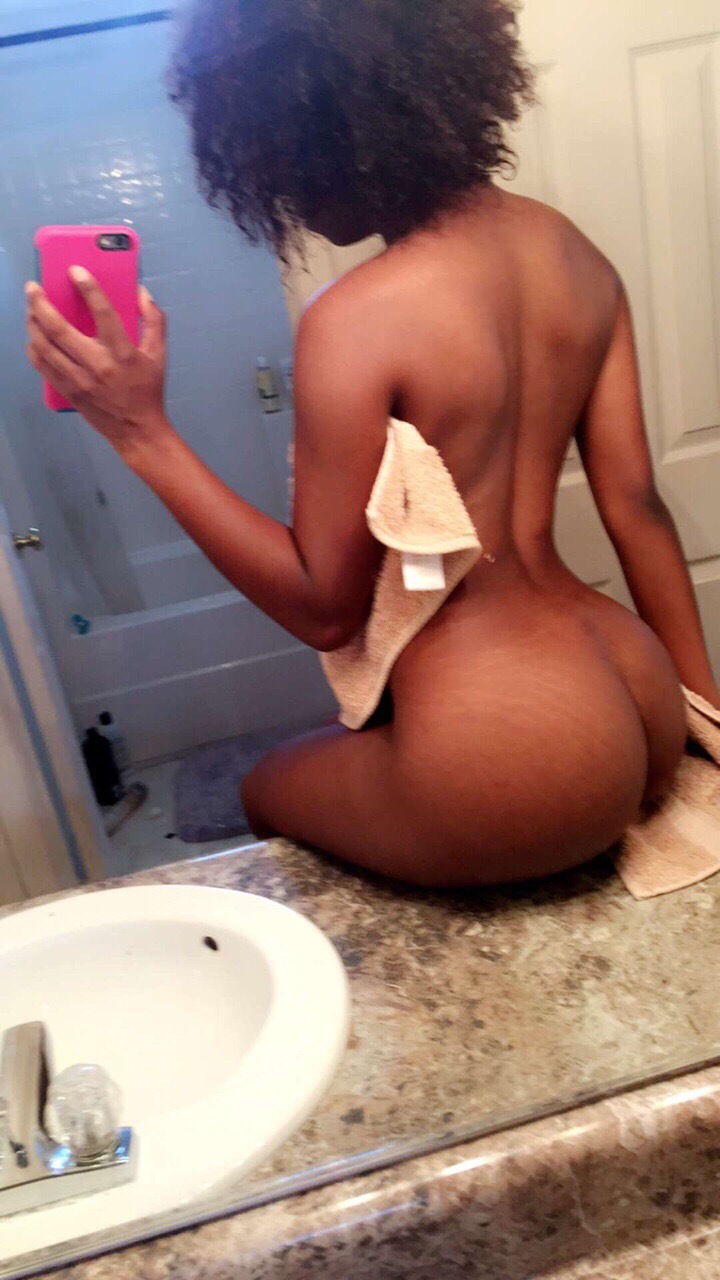 naked black ghetto girl snapchat 4