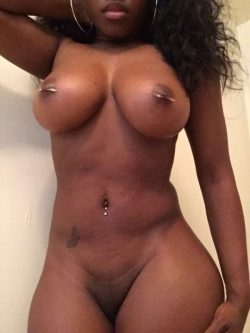 Thick sexy black woman naked