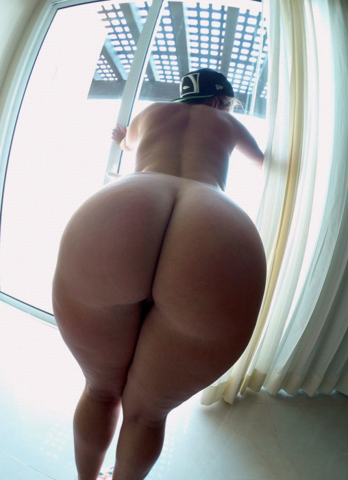 Big nice naked ass