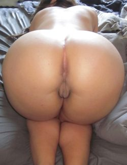 Naked big booty ready to fuck — 4
