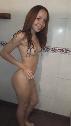Freaky 19 Year Old Teen Dancing Nude