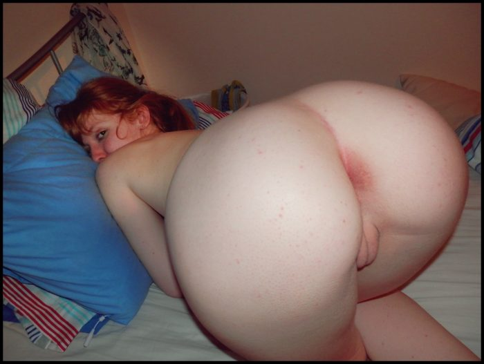 Fat girl naked over Bent