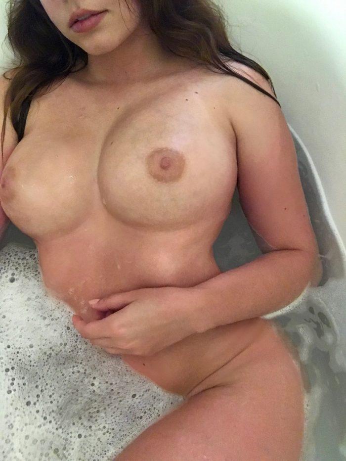 Gallery of my smoking hot nude body